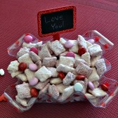 Strawberry Puppy Chow